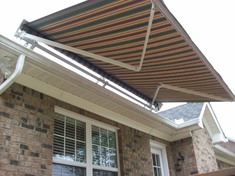 Residential Retractable Awnings - Charlotte Tent and Awning